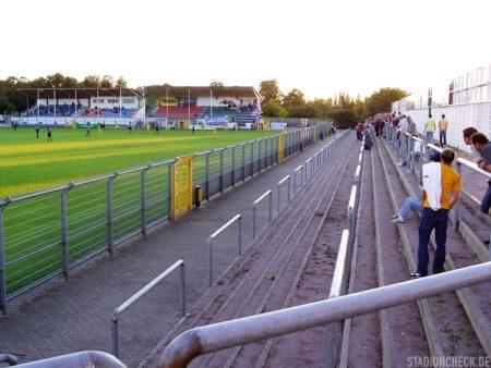 Stadion_am_Schönbusch_Viktoria_Aschaffenburg_08