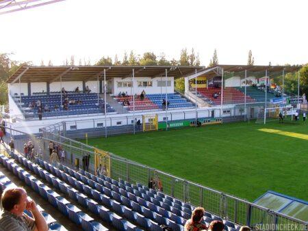 Stadion_am_Schönbusch_Viktoria_Aschaffenburg_02
