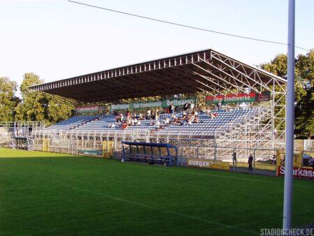Stadion_am_Schönbusch_Viktoria_Aschaffenburg_06