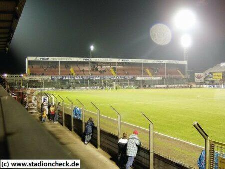 Argosstadion_Achter_de_Kazerne_KV_Mechelen01