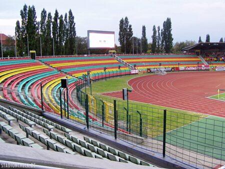 Friedrich-Ludwig-Jahn-Sportpark_Berlin_01