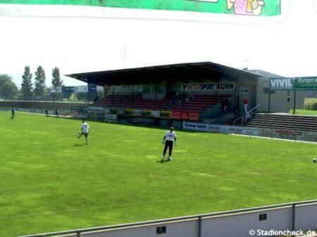 Karl-Heitz-Stadion_Offenburg (1)