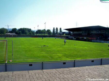 Karl-Heitz-Stadion_Offenburg (2)