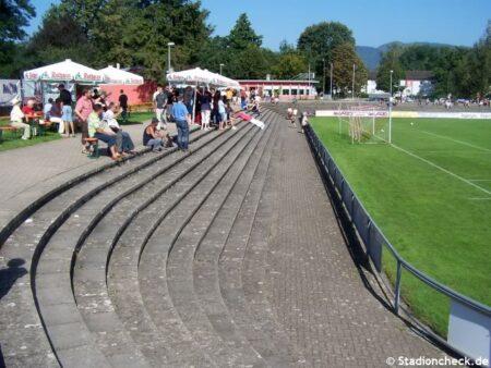 Karl-Heitz-Stadion_Offenburg (5)