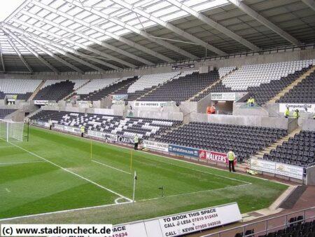 Liberty_Stadium_Swansea_City_AFC07