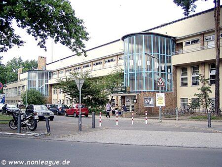 Mommsenstadion_Charlottenburg_02