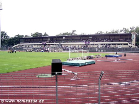Mommsenstadion_Charlottenburg_04