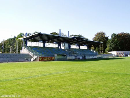 Sportplatz_Schillerpark_Dessau-Roßlau_02