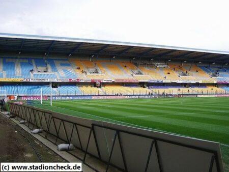 Stade_de_l_Aube_ES_Troyes_AC04