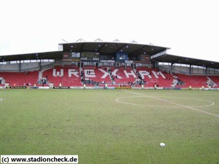 The_Racecourse_Ground_Wrexham_FC01