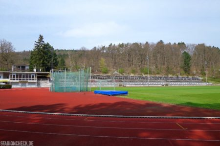 Huckenohlstadion_Menden_03