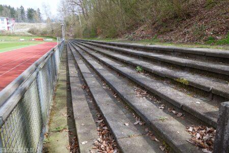 Huckenohlstadion_Menden_04