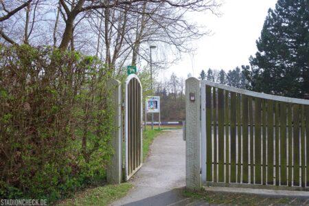 Huckenohlstadion_Menden_08
