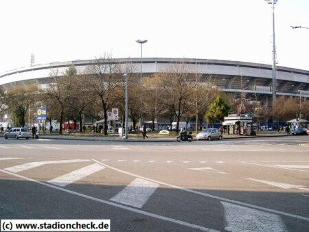Stadio_Marc-Antonio_Bentegodi_Hellas_Chievo_Verona02