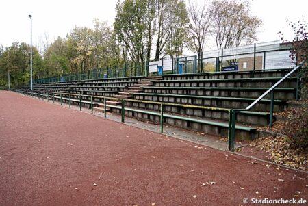 Toni-Turek-Stadion_Erkrath_03