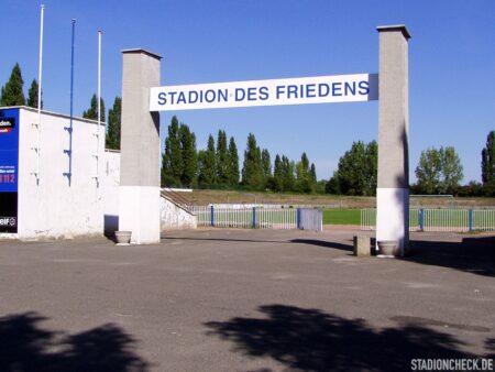 Stadion_des_Friedens_MoGoNo_Leipzig_01