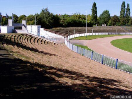Stadion_des_Friedens_MoGoNo_Leipzig_04