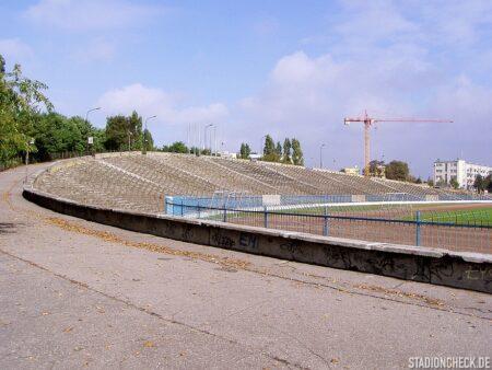 Stadion_im._Czesława_Kobusa_02