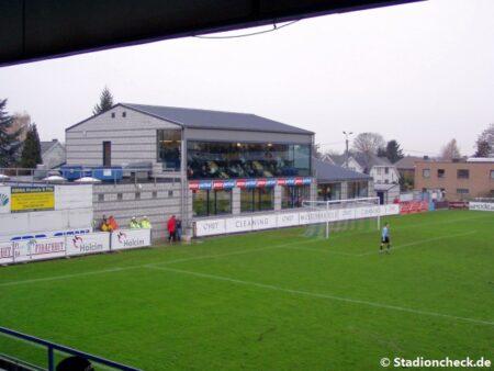 Stade_Cite_de_lOie_CS-Vise01