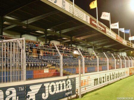 Haarlem-stadion_02