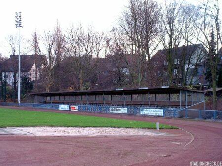 Helmut-Rahn-Sportanlage_01