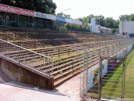 Rhein-Neckar-Stadion_VfR_Mannheim_01