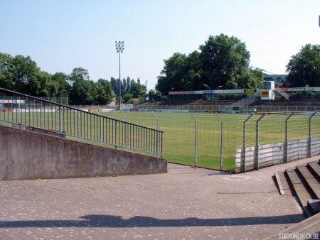 Rhein-Neckar-Stadion_VfR_Mannheim_05